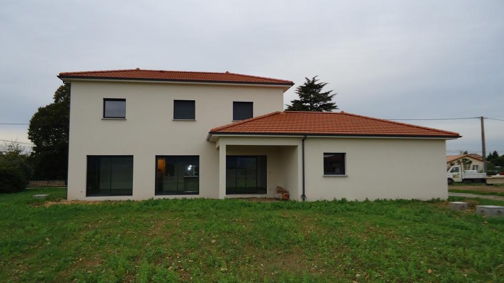 Les maisons du groupe constructeur de maisons individuelles for Constructeur bastide